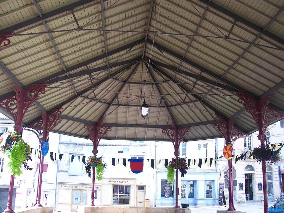 Halle de Bourg sur Gironde