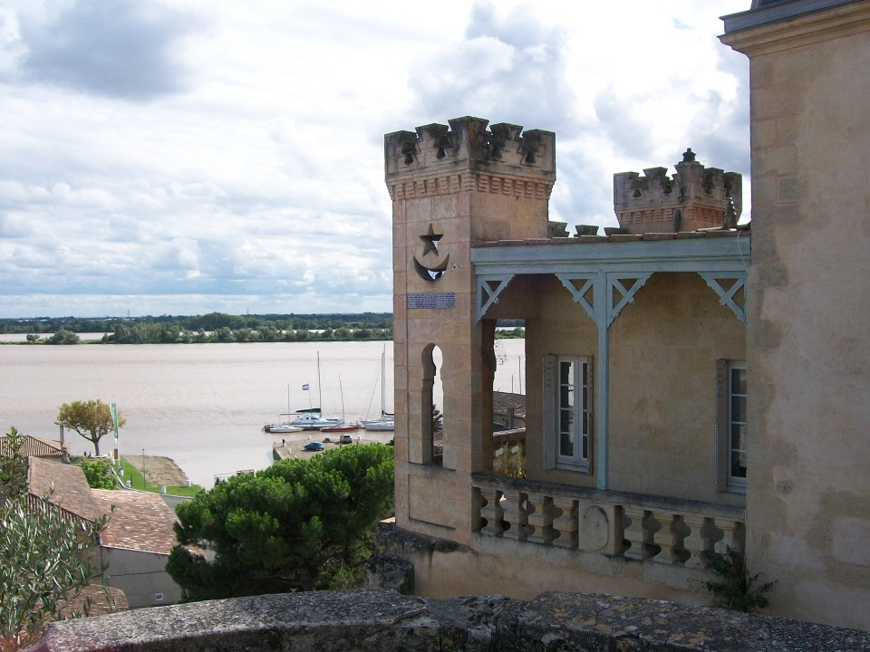 Maison mauresque, Bourg sur Gironde